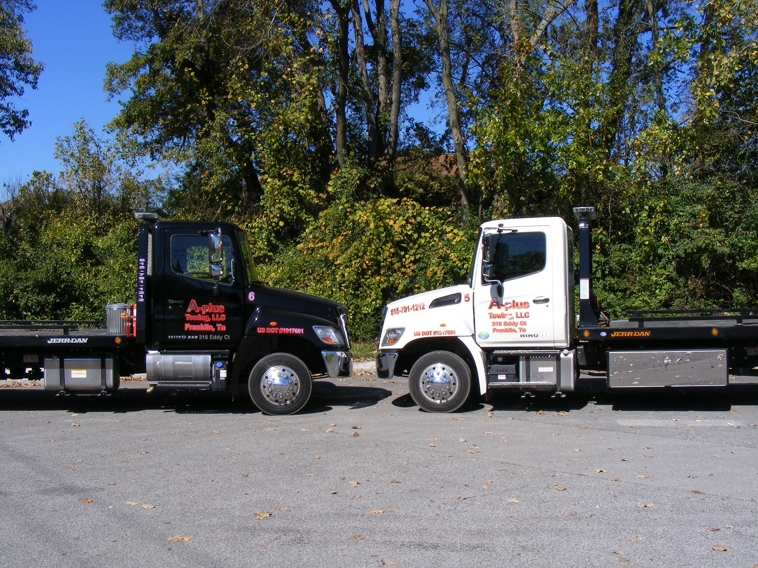 a-plus-towing-tow-truck-a